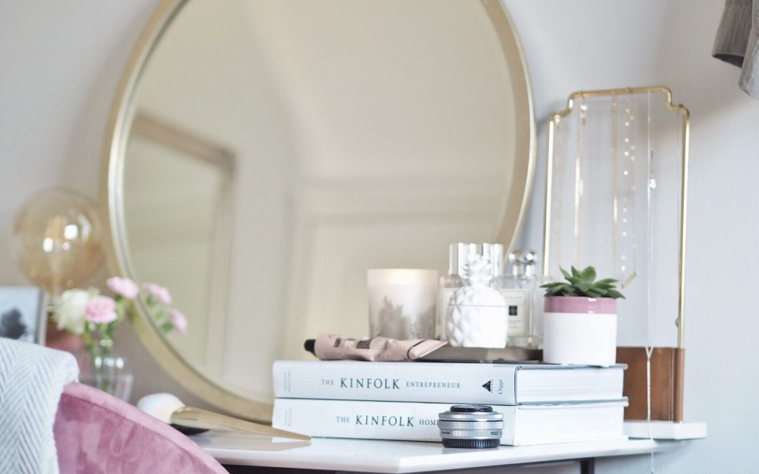 Hello Beautiful…. Dressing table style.